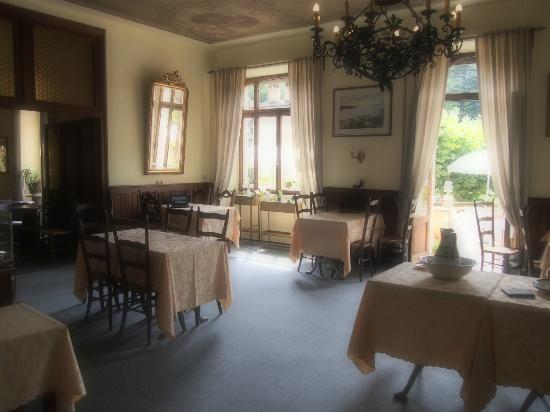 Hotel Tesserete: inside dinning