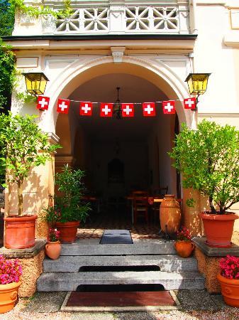 Hotel Tesserete: Entrance