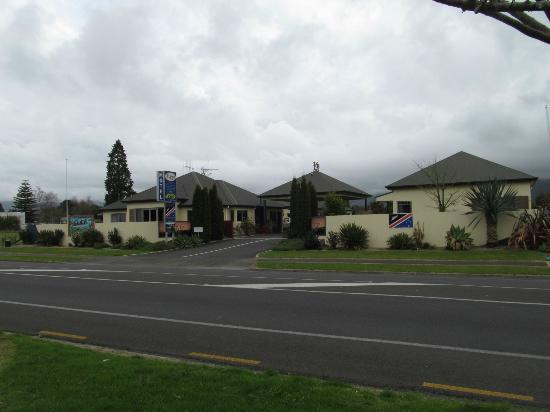 Asure Kaimai View Motel: The Motel