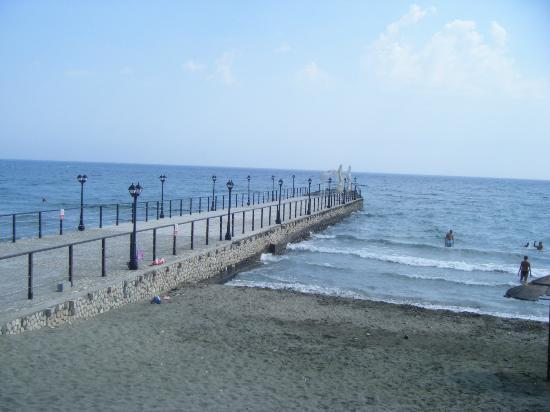 Elias Beach Hotel: plage