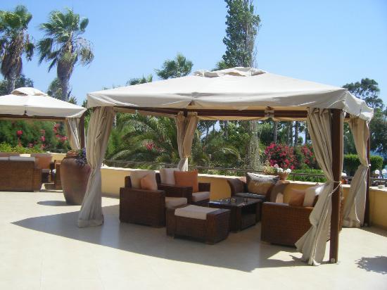 Elias Beach Hotel: bar terrasse