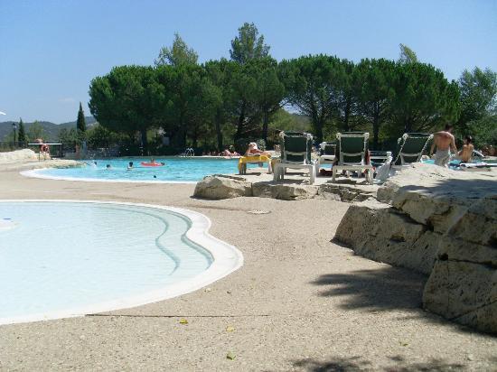 Pierre & Vacances Resort Pont Royal en Provence: la piscine