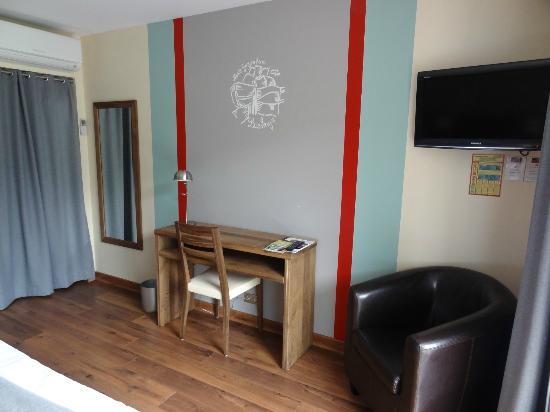 Hotel Erreguina : L'intérieur de la chambre