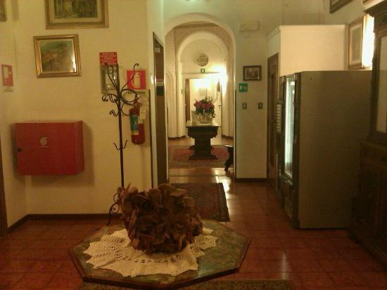 Ariele Hotel: hall de entrada