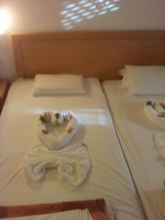 Kambos Village: bedroom