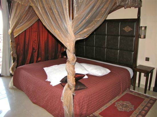 Imperial Plaza Hotel : comfortable bed