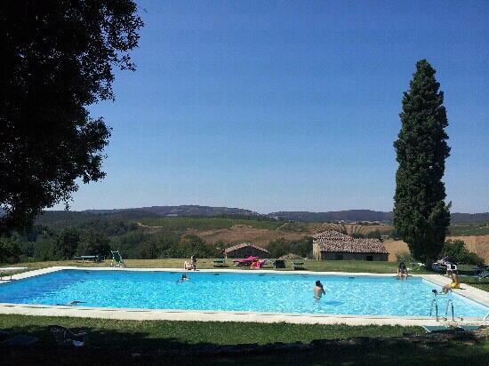 Castello di Modanella: piscina