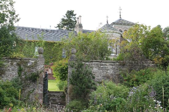Loch Ness Country House Hotel at Dunain Park: parc