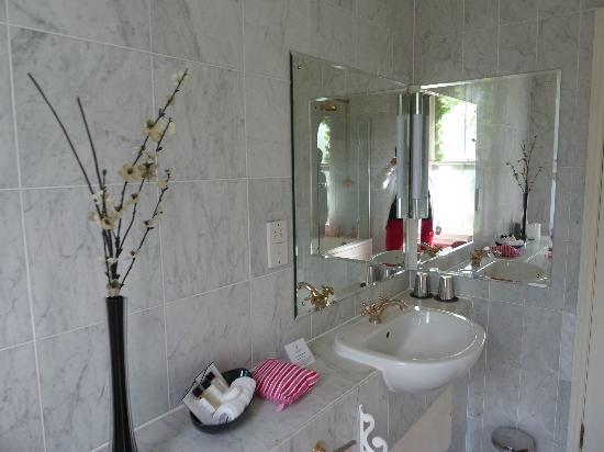 Loch Ness Country House Hotel at Dunain Park : salle de bain