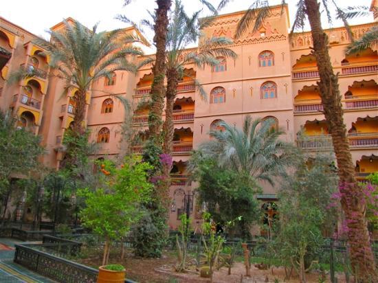 Palais Asmaa: architecture
