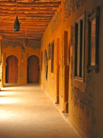 Kasbah Hotel Xaluca Arfoud: hallway