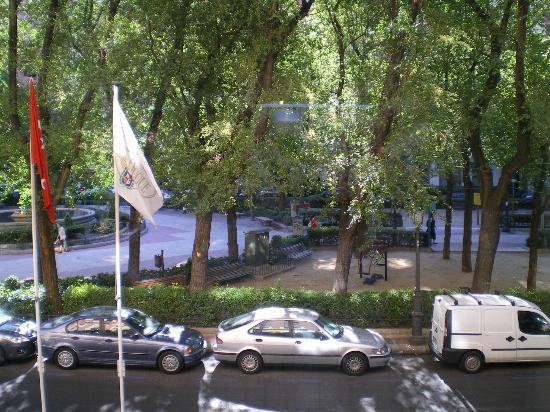 Sercotel Gran Hotel Conde Duque: view from room