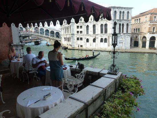 Al Ponte Antico Hotel: Breakfast Terrace