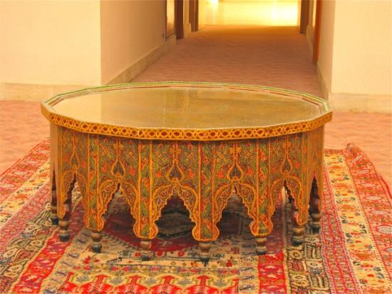 نادي إيتي أغادير بيتش: antiques in the hall