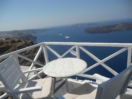 Aeolos Studios & Suites: vista dal balcone