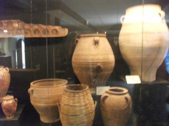 Museum of Cretan Ethnology: Local Pots
