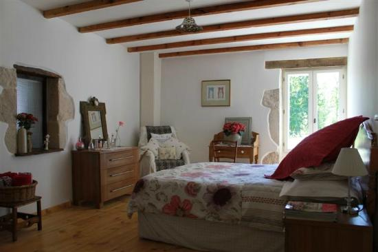 La Maison Ancienne: Chambre 1 - large airy room with its own dressing room & luxury bathroom