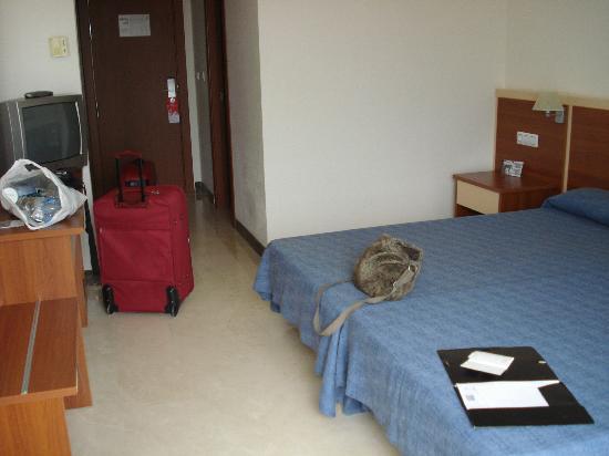 Hotel Sun Palace Albir Lounge & Spa: Habitación