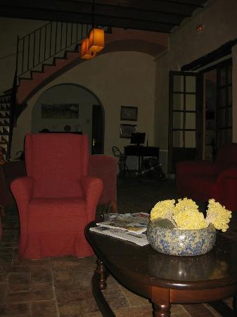 Hostal del Castell de Gimenelles: Salón