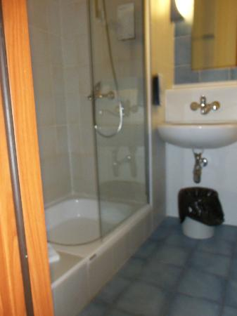 Campanile Szczecin Hotel: Great shower