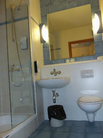Campanile Szczecin Hotel: Our bathroom