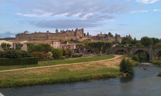 La Posada del Castillo B&B: View on the Cite from the City bridge