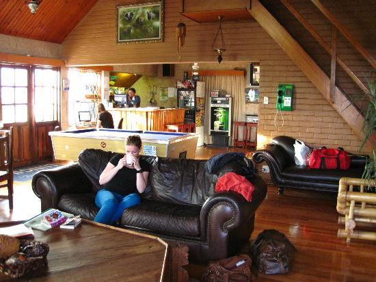 Lungile Backpackers Lodge : Main lobby