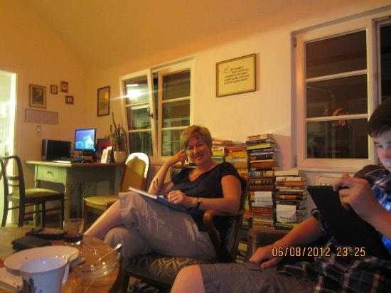 Lotte - The Backpackers: Such a welcome place to chill after a long day travelling!