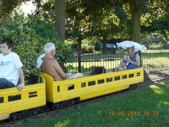 Gillingham, UK: Miniature railway at The Strand