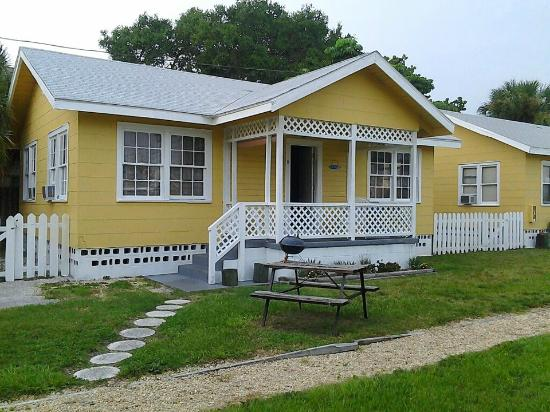 Sunshine Cozy Cottages: our own private spot