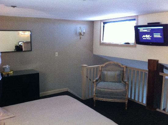 Garrison Inn Boutique Hotel : bedroom