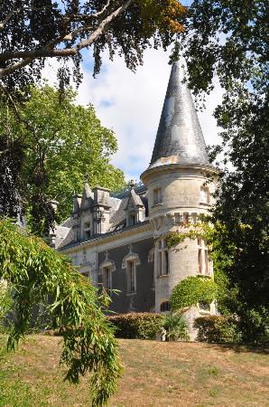 Chateau Belle Epoque : The castle