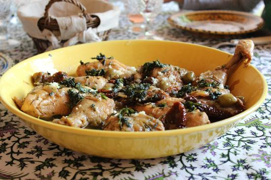 Cooking and Art de Vivre in Provence : Provincial Chicken
