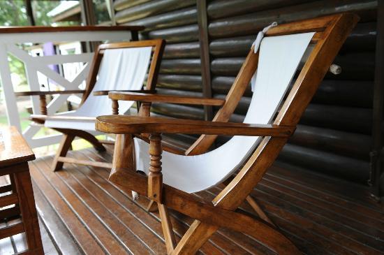 Acajou Beach Resort: La terrazza della camera sedetevi e iniziate a rilassarvi