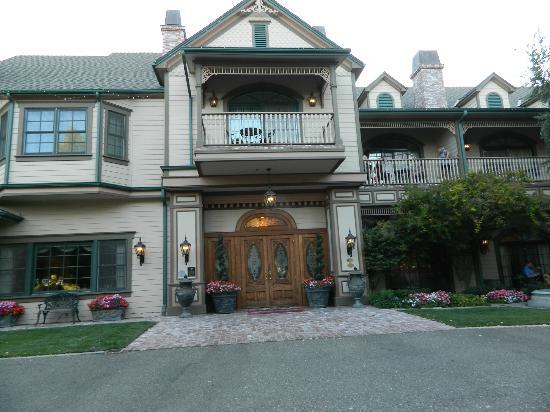 Santa Ynez Inn: Outside
