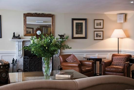 The White Hart Hotel: Our relaxing lounge area.
