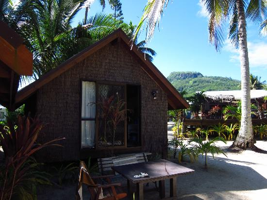 Rarotonga Backpackers: Beach hut