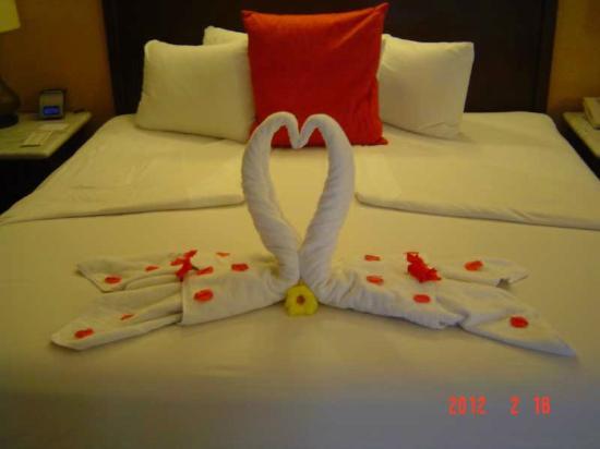 لاس بريساس هواتولكو: towel art 