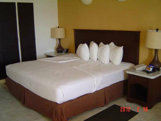 Las Brisas Huatulco: Room clean and comfortable