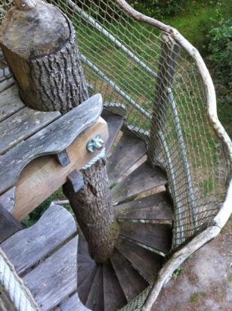 Les Alicourts Resort: escalier d'accès
