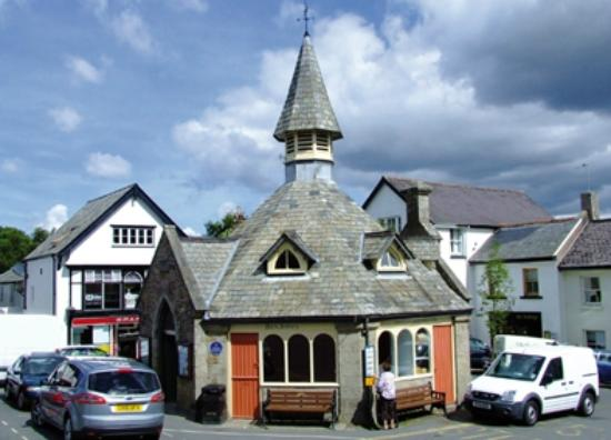 The White Hart Hotel: The pretty market town of Chagford is nearby