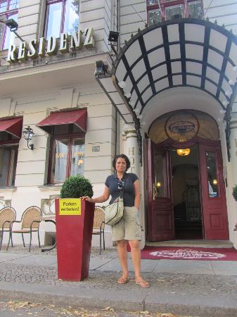 Henri Hotel Berlin: I outside