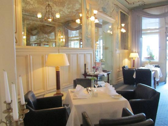 Henri Hotel Berlin: The breakfast room and restaurant