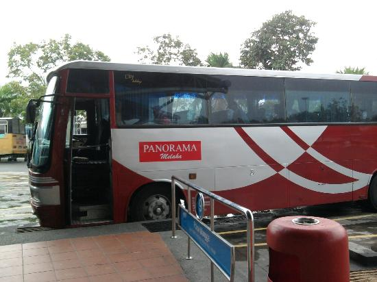 Oriental Riverside Residence Guest House: panorama bus from malaka sentral to dutch square