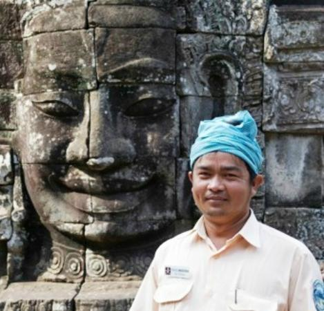 Angkor Temple Guide Private Day Tours: Chhaya (George) tour guide