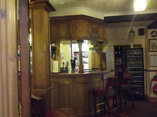 Coach House Hotel: Bar