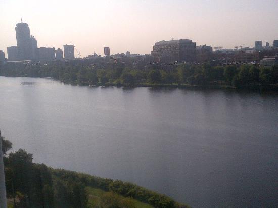 Hyatt Regency Cambridge, Overlooking Boston: You can see Fenway Park from your room!