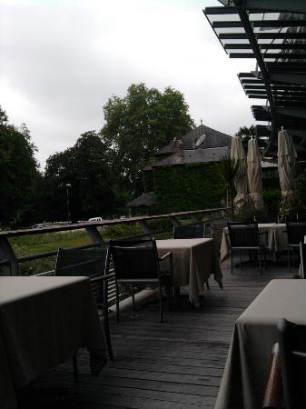 Hotel Parc Beaumont: la terrasse du restaurant