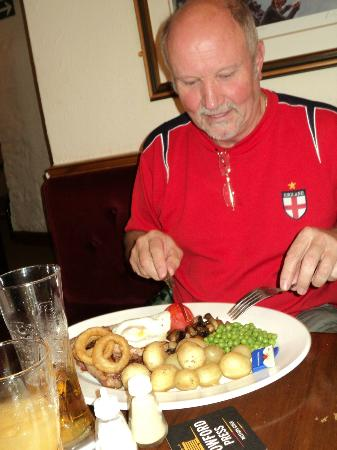 The Thatched Inn: The 30 ounce mixed grill