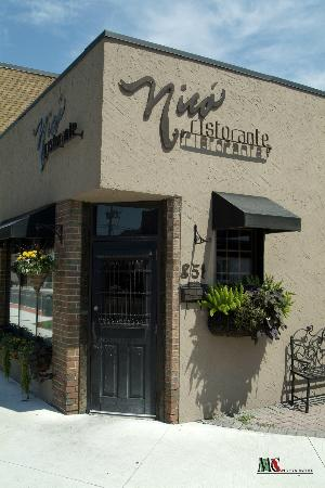 Top 10 restaurants in Windsor, Canada